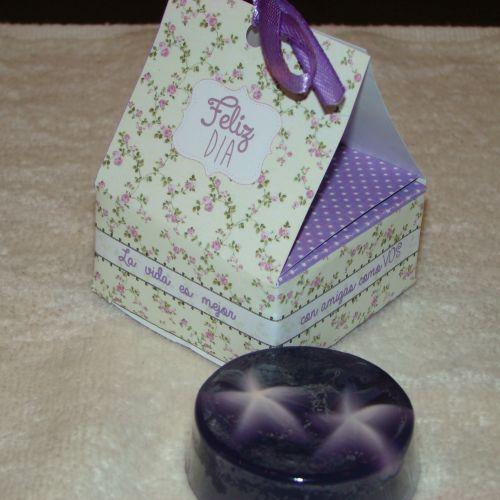 Jabon en caja lila flores